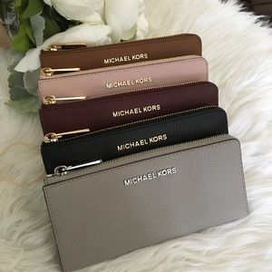 Michael Kors jet set LG three quarter zip wallet